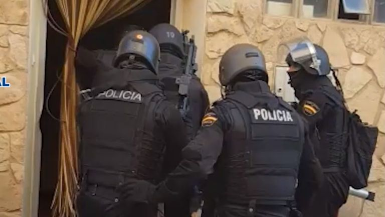 Police in northern Spain have seized more than 178kg of crystal meth in the country's largest ever seizure of the drug.