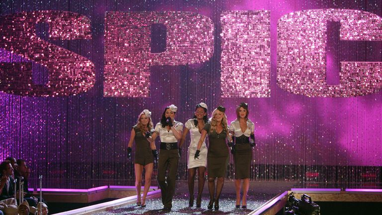 The Spice Girls, Emma Burton, Melanie Chisholm, Melanie Brown, Geri Halliwell and Victoria Beckham (L to R) perform during the Victoria's Secret fashion show at the Kodak Theatre in Hollywood, California, 15 November 2007