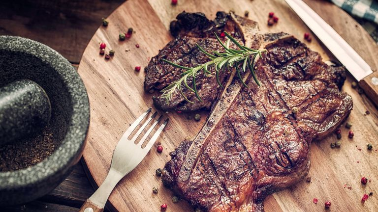 Cutting down on meat will help meet an earlier carbon neutral UK