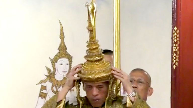 Thai king crowned in elaborate coronation ceremony