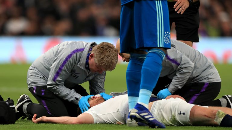 Vertonghen was treated for a head injury by the medical team