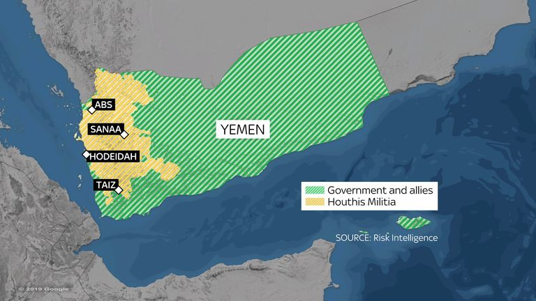 A map showing lines of control in Yemen. Houthi in yellow and govt allies in green.