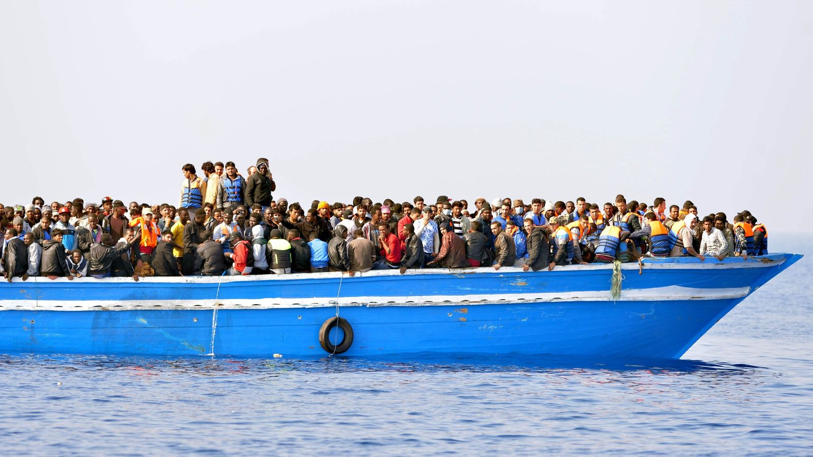 Up to 150 migrants feared drowned off coast of Libya