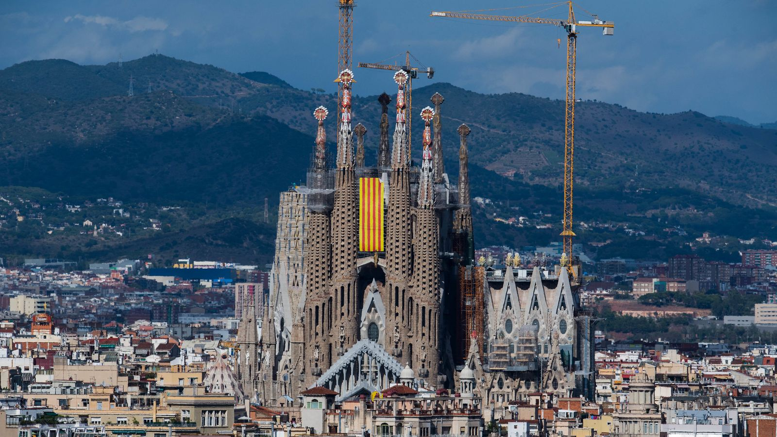 Barcelona's Sagrada Familia gets building permit after 137 years