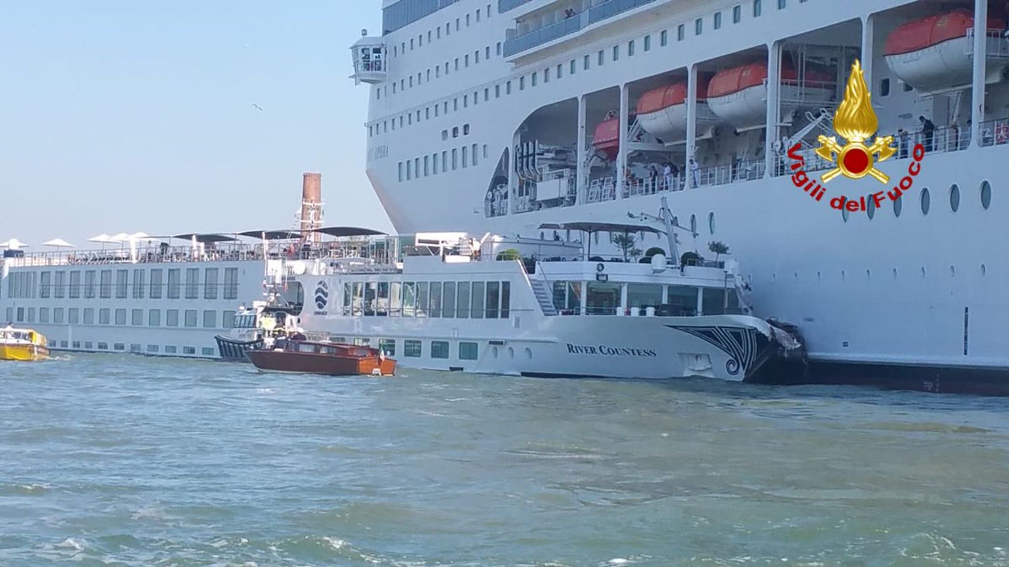 Cruise ship crashes into dock and tourist boat in Venice