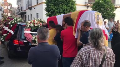 Reyes' funeral takes place in Seville