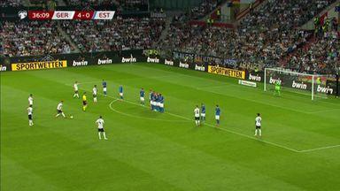 Incredible Reus free-kick