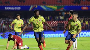 Colombia progress to Copa knockout