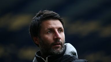 'Cowley favourite to replace Lampard'