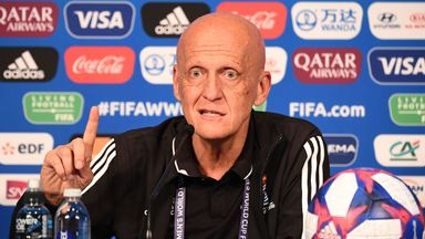 Collina in row with PL over VAR