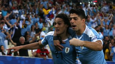 Cavani on target as Uruguay top group