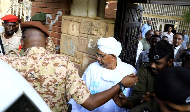 Deposed Sudanese president seen for first time since uprising