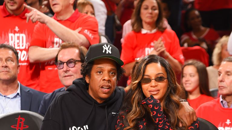 HOUSTON, TX - MAY 10: Jay-Z and Beyonce attend a game between the Golden State Warriors and the Houston Rockets during Game Six of the Western Conference Semifinals of the 2019 NBA Playoffs on May 10, 2019 at the Toyota Center in Houston, Texas. NOTE TO USER: User expressly acknowledges and agrees that, by downloading and/or using this photograph, user is consenting to the terms and conditions of the Getty Images License Agreement. Mandatory Copyright Notice: Copyright 2019 NBAE (Photo by Bill Baptist/NBAE via Getty Images)