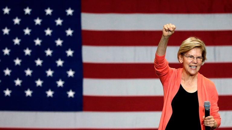 Senator of Massachusetts (D) and Democratic Presidential hopeful Elizabeth Warren gestures as she speaks during a town hall meeting at Florida International University in Miami, Florida on June 25, 2019. (Photo by RHONA WISE / AFP)        (Photo credit should read RHONA WISE/AFP/Getty Images)