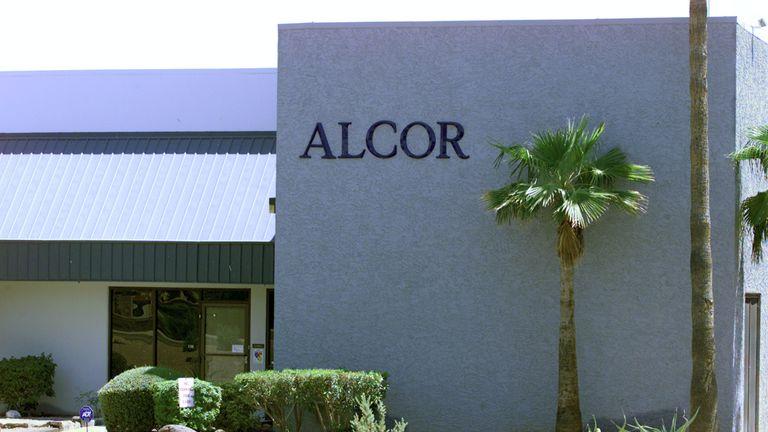 Kurt Pilgeram is suing Alcor for $1m (£950,000)