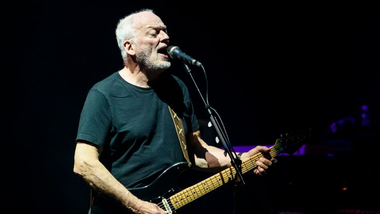David Gilmour performing in New York in 2016