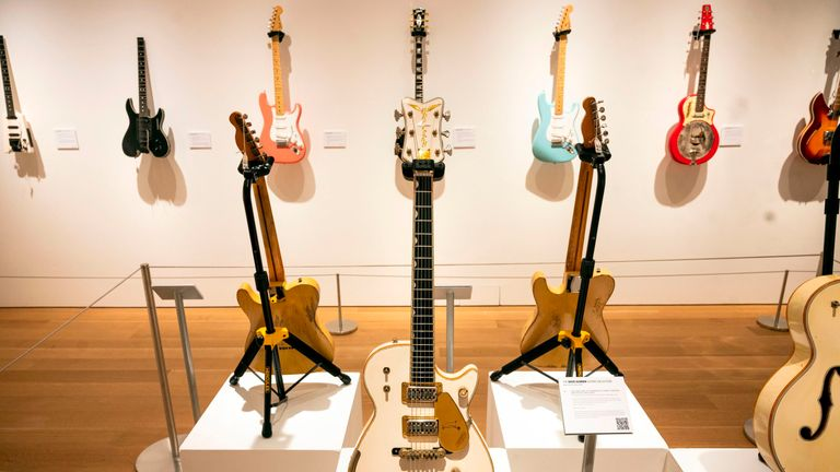 David Gilmour guitar auction