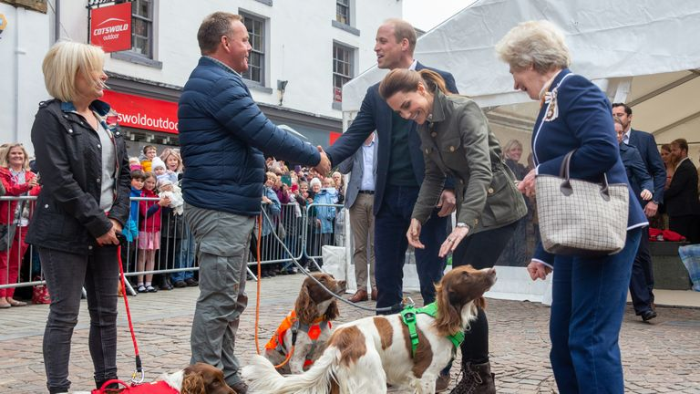 The Duke and Duchess of Cambridge meet Kerry Irving and his therapy dogs