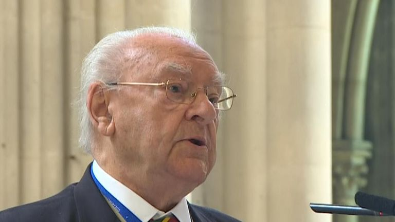 Veteran Kenneth Hay reads poem at Bayeux service for D-Day 75