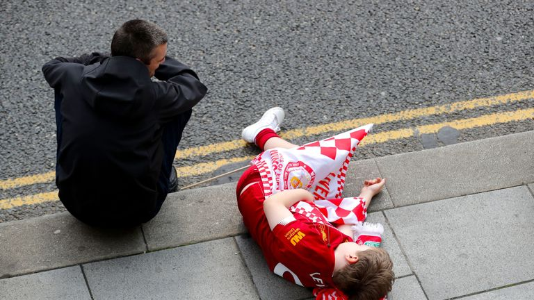 It was all too much for one young fan