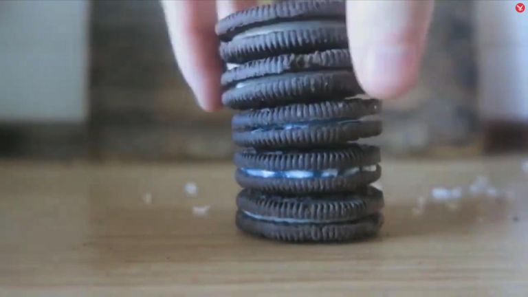 The Oreos after the toothpaste was added