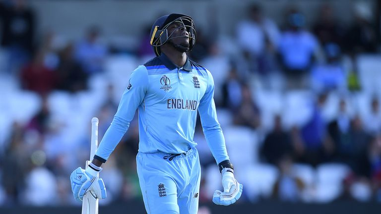 Trevor Bayliss is confident England will bounce back from their defeat to Sri Lanka ahead of their World Cup clash against Australia