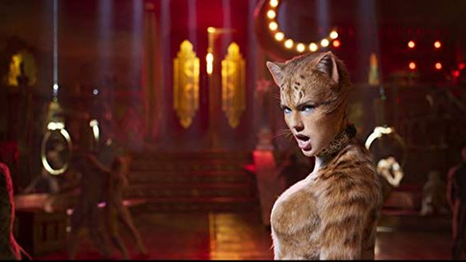 Cats trailer leaves viewers 'terrified' by creepy felines