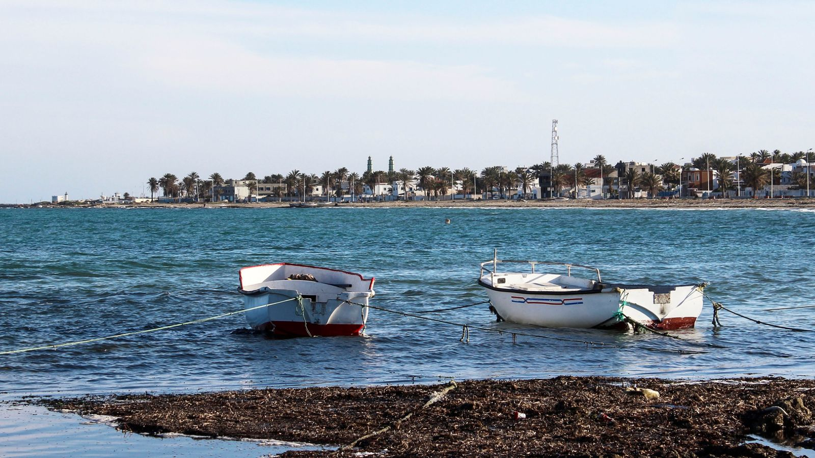 82 people missing after boat sinks off Tunisian coast