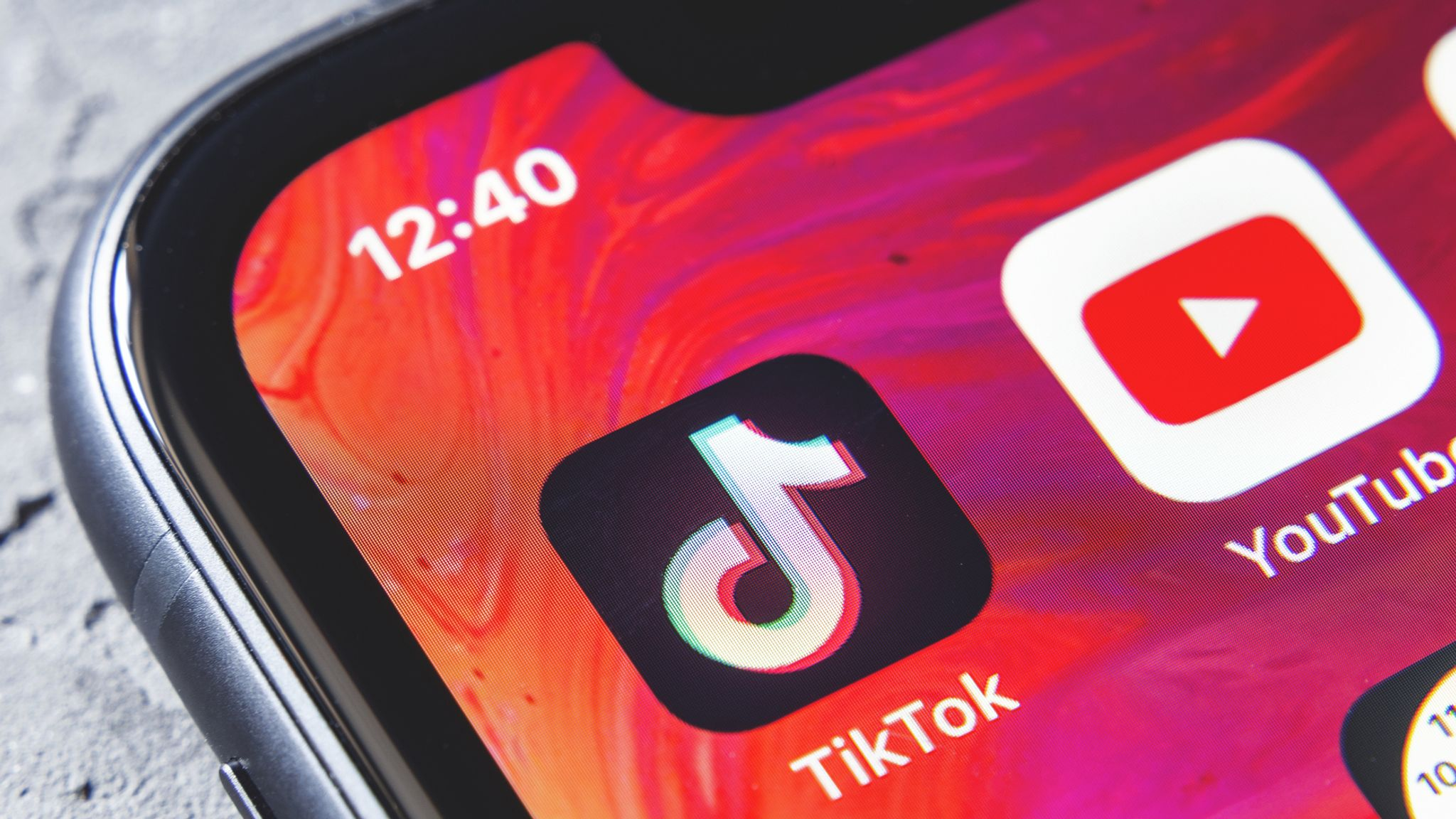 Tiktok Cambridgeshire Police Officers Warned Over Unprofessional And Offensive Videos Uk News Sky News