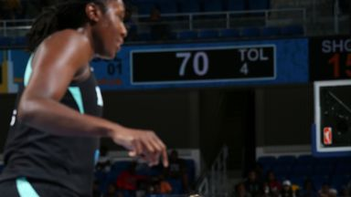 WNBA: Liberty 83-99 Sky