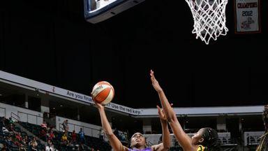 WNBA: Sparks 90-84 Fever