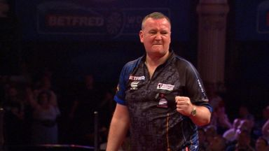 Durrant defeats MVG in epic