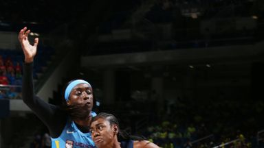 WNBA: Dream 76-77 Sky