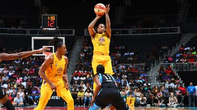 WNBA: Sparks 76-71 Dream