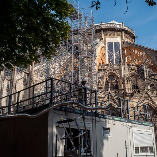Heatwave may cause collapse of Notre Dame Cathedral's ceiling