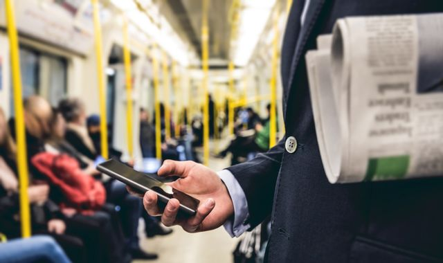 London Underground passengers to get full 4G coverage by mid-2020s