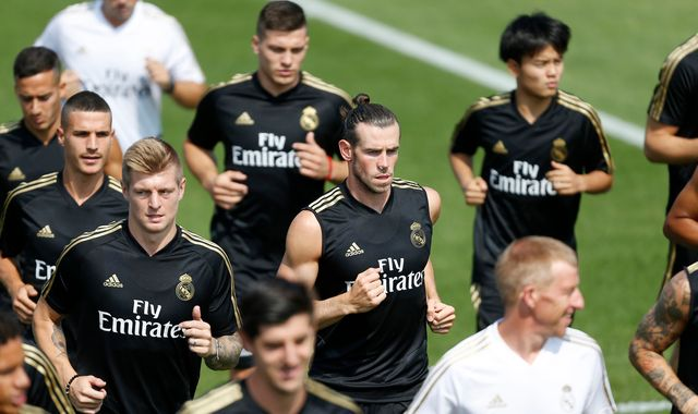 Gareth Bale close to Real Madrid exit as agent blasts Zinedine Zidane