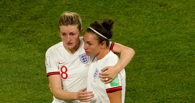 The USA Women's team are an inspiration for England, says FA chief executive Martin Glenn after their 2-1 semi final defeat in the Women's World Cup