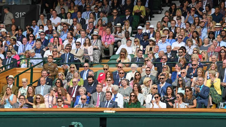 LONDON, ENGLAND - JULY 13: [L-R] Woody Harrelson, Laura Louie, Aidan Turner, Jodie Whittaker, Julia Lemigova, Martina Navratilova, Ann Jones, Conchita Martínez, Heinz Rudolf Kunze, Andrew J. Feustel, Wimbledon Chairman Philip Brook, Catherine, Duchess of Cambridge, Meghan, Duchess of Sussex and Pippa Middleton in the Royal Box on Centre Court during day twelve of the Wimbledon Tennis Championships at All England Lawn Tennis and Croquet Club on July 13, 2019 in London, England. (Photo by Karwai Tang/Getty Images)