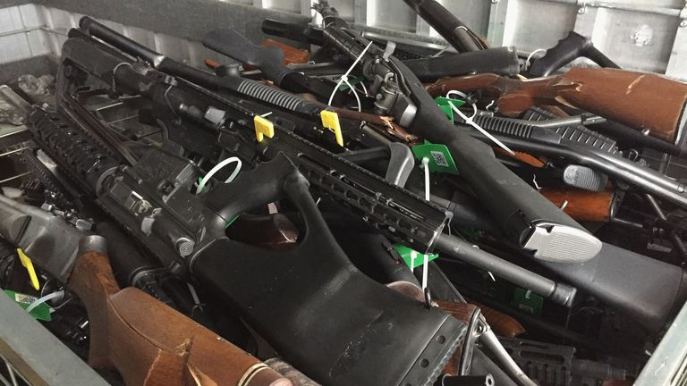 New Zealanders hand back 10,000 weapons in amnesty after