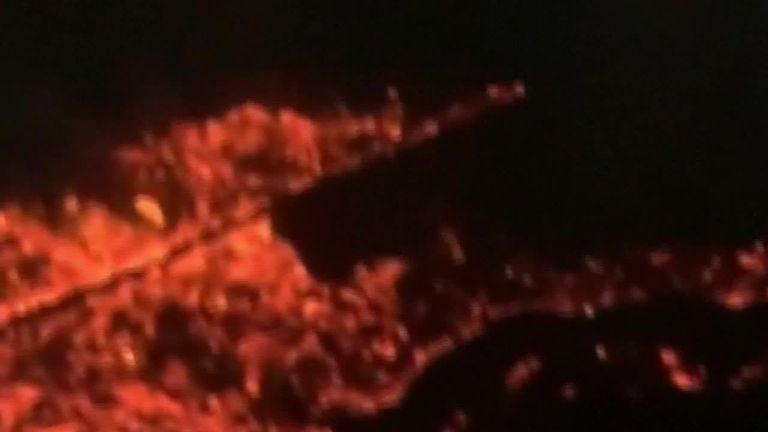 Wildfires sweep across Hawaiian island
