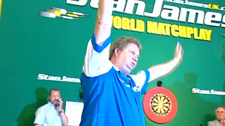 Colin Lloyd took the 2005 World Matchplay title by hitting the 'big fish' in a spectacular finale
