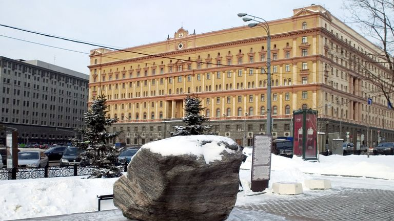 MOSCOW, RUSSIA - JANUARY 23: A view of the general office of the FSB (KGB) building on January 23, 2006 in Moscow, Russia. Russian authorities have accused four British diplomats of involvement in espionage, supposedly using a secret transmitter concealed in an artificial rock to dispatch sensitive information. (Photo by Oleg Klimov/Getty Images)