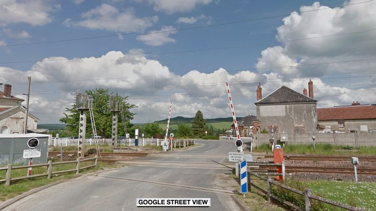 Level crossing in Avenay-Val-d'Or