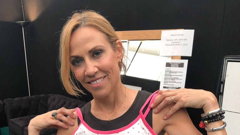 Sheryl Crow donated a top