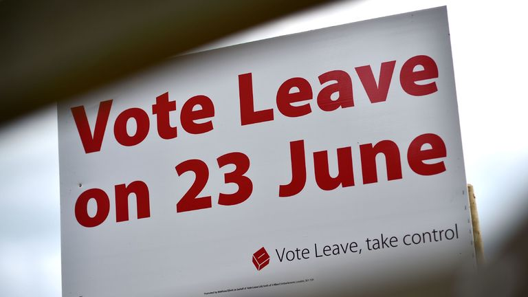A 'Vote Leave' sign is seen by the roadside near Tunbridge Wells urging to vote for Brexit in the upcoming EU referendum is seen on the roadside near Charing south east of London on June 16, 2016. Britain goes to the polls in a week on June 23 to vote to leave or remain in the European Union. / AFP PHOTO / BEN STANSALL        (Photo credit should read BEN STANSALL/AFP/Getty Images)