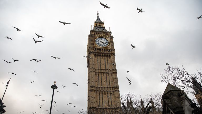 LONDON, ENGLAND - FEBRUARY 01: Birds fly past the Elizabeth Tower, commonly known as Big Ben, on February 01, 2017 in London, England. The European Union (notification of withdrawal) bill that will trigger article 50 is being debated by MPs over two days. The vote will take place on tomorrow evening. Labour MPs are subject to a three-line whip after Jeremy Corbyn urged his party to vote for Article 50. (Photo by Jack Taylor/Getty Images)