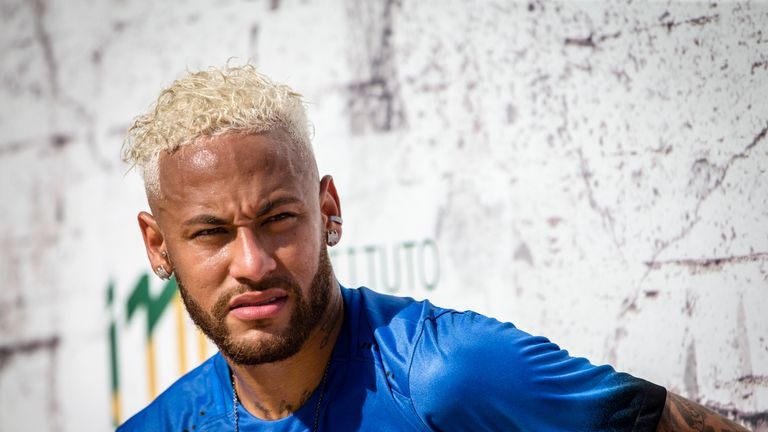 PSG midfielder Marco Verratti says the fans have the right to express their feelings about Neymar, but he hopes the Brazilian's future will be resolved quickly