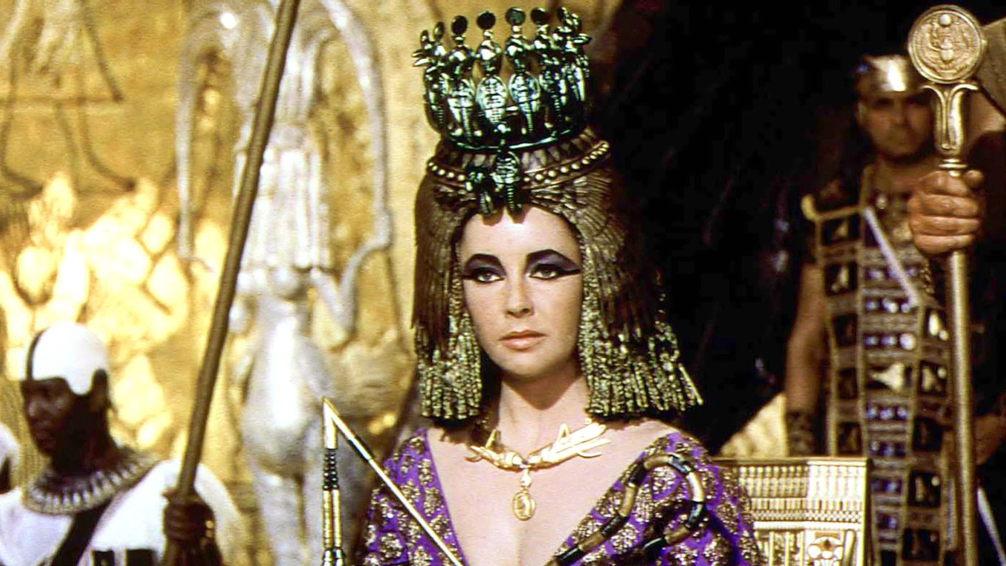 Cleopatra No 5? Scientists recreate ancient Egyptian queen's perfume   Science & Tech News   Sky News
