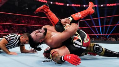 Andrade beats Rey in 2-out-of-3 Falls Match